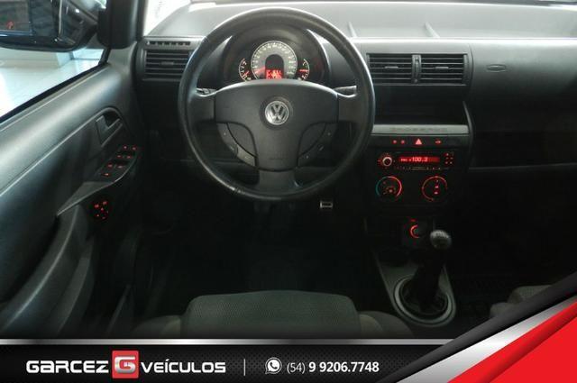 Vw - Volkswagen Crossfox 1.6 Flex Manual Topo de Linha Airbag ABS Comandos no Volante - Foto 11