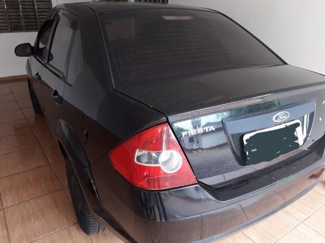 Ford fiesta sedan 1.6 2006 - Foto 2