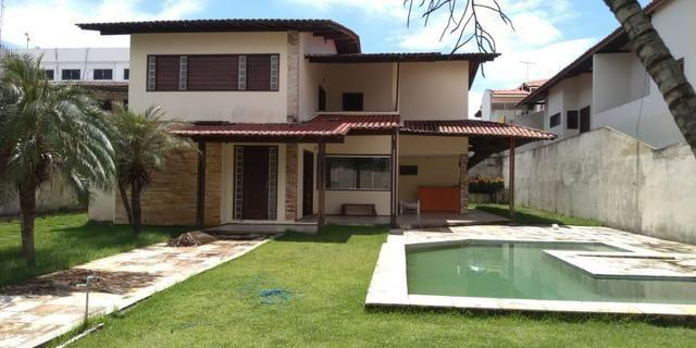 Casa alugar no Calhau com 4 suítes