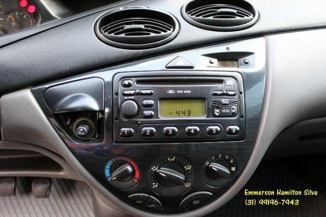 Focus Sedan Ghia 2.0 16V Flex - Foto 10