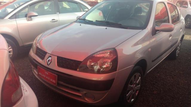 Clio Sedan(1.0)(completo(Financie*até 100%do veiculo(Parcelas a partir de R$449,90) 04/05 - Foto 6