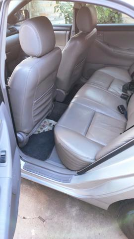 Toyota Corolla Xei automático Carro Bem Conservado 2005/2006 - Foto 7