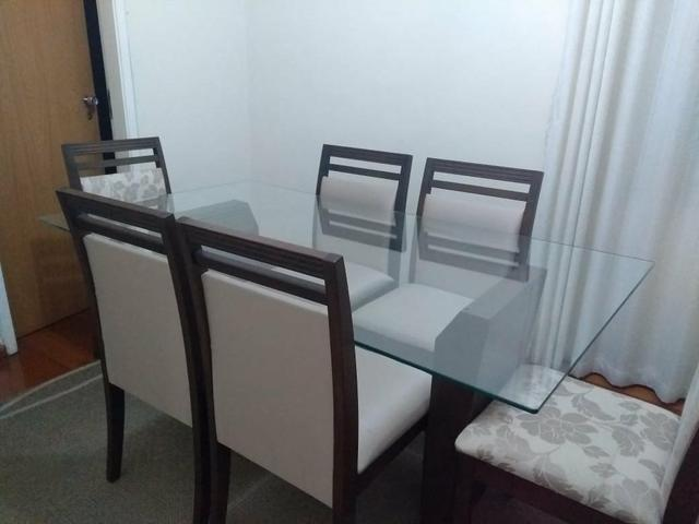 Conjunto de mesa com 6 cadeiras + buffet + tapete - Foto 4