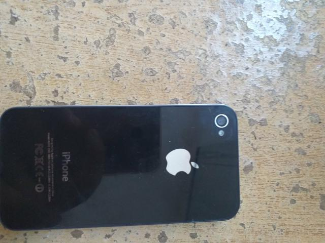 Vendo ou troco iPhone 4s - Foto 3