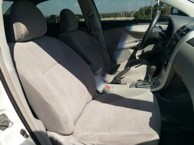 Vende-se Corolla GLi 1.8 2013/2014 - Foto 7