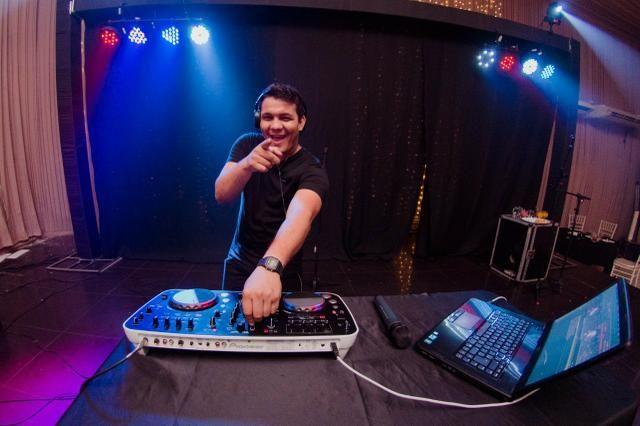 DJ Daniel Ferreira som e iluminação profissional! - Foto 3