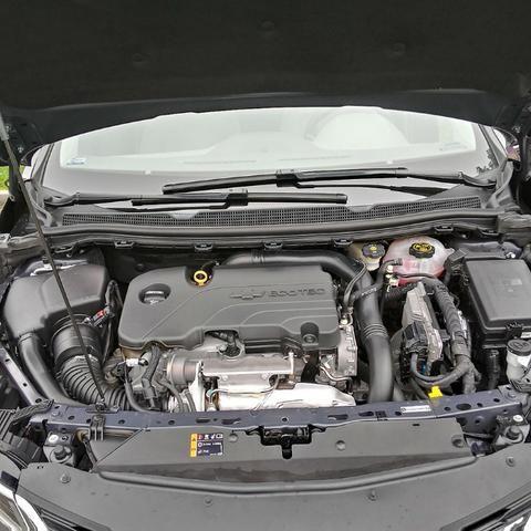 Cruze LTZ Turbo 1.4 2018 - Foto 6