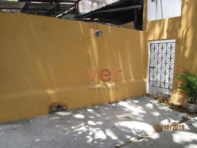 Apartamento para alugar, 50 m² por R$ 550,00/mês - Benfica - Fortaleza/CE - Foto 2