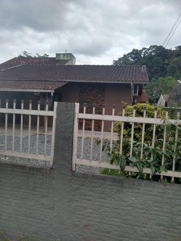 Área de 900m² com 3 edificações localizada perto do BKR festas no Floresta em Joinville - Foto 2