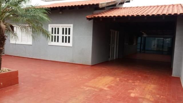 8445 | Casa à venda com 3 quartos em Jardim Novo Horizonte, Dourados
