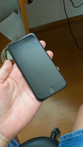 Iphone 7 - 128gb + capinha e fones originais - Foto 3