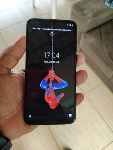 Motorola moto G7 plus com 4GB RAM e 64 interno em muito bom estado