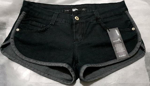 Short jeans com elastano e paetês da Pool