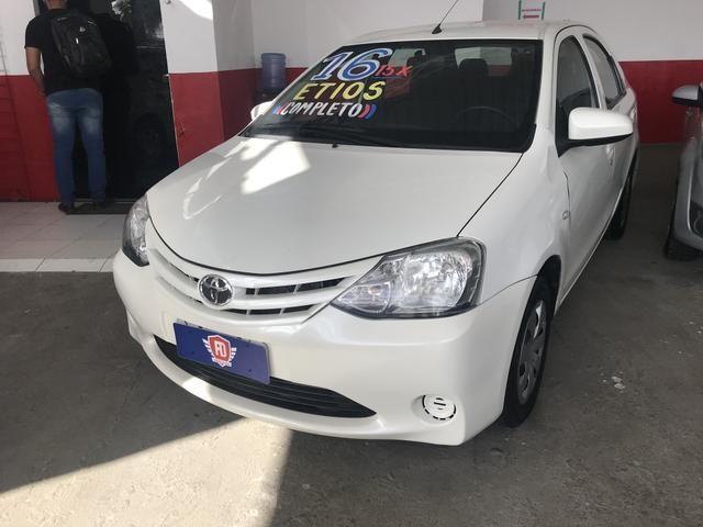 Etios x 1.5 2016 Sedan Completo