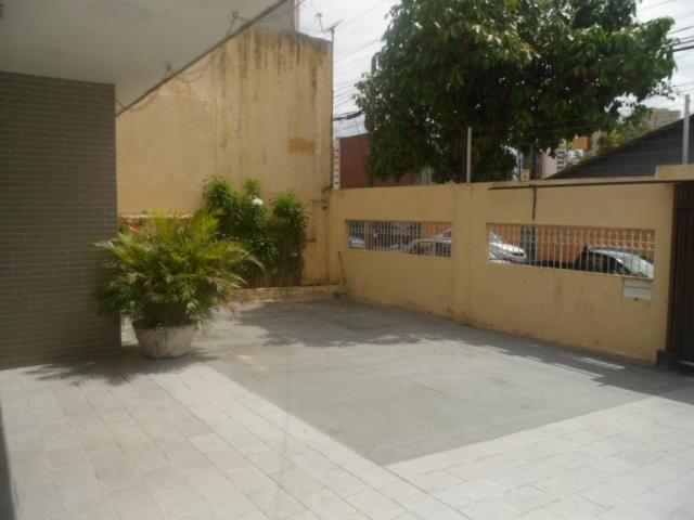 Casa com 5 dormitórios à venda, 350 m² por R$ 1.100.000,00 - Fátima - Fortaleza/CE - Foto 3