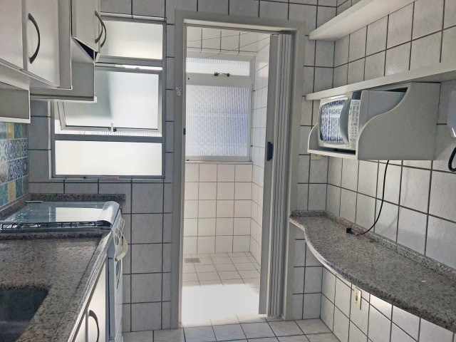 Aluguel apartamento mobiliado 2 dormitórios com garagem Itacorubi Florianópolis - Foto 8