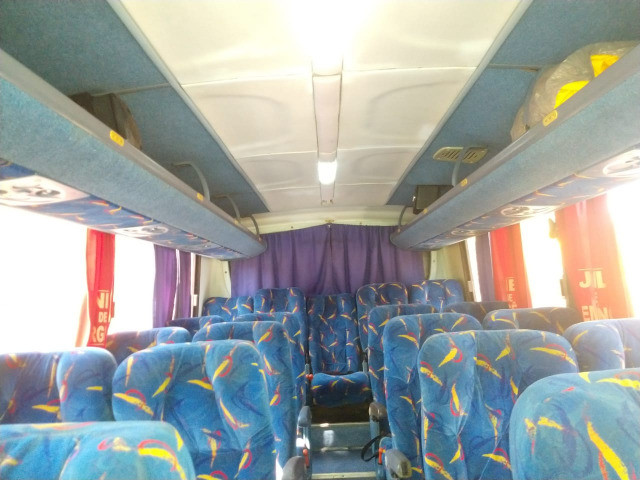 Microonibus 2002/2003 Rodoviario 28 lugares - Foto 5