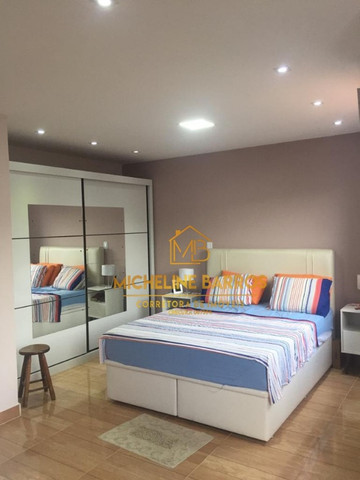 Fc/ Casa com 4 quartos em Unamar