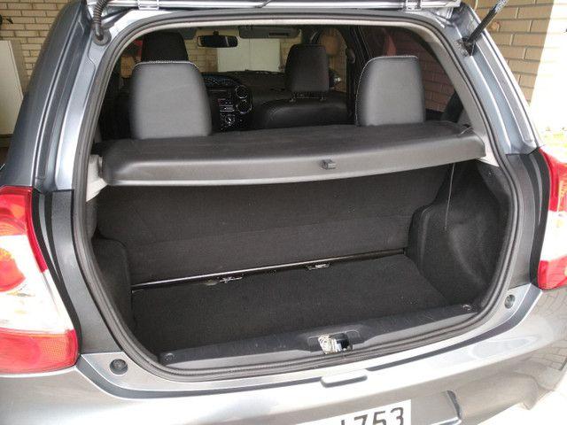 Toyota Etios XLS 1.5 Flex 16V 5p Mec. Ano 2015 - Foto 3