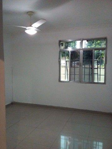 Aluga-se - Apartamento - 2 quartos - Irajá/RJ - Foto 7