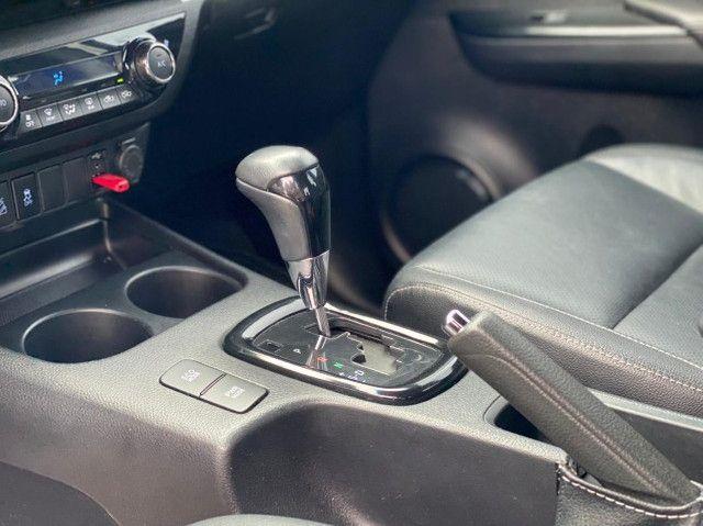 Toyota Hilux SRX Diesel 50th Annyversary - Foto 8