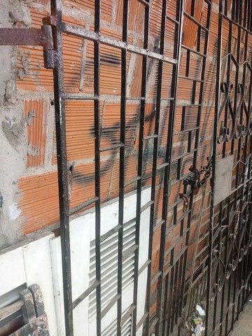 Portoes e grades pra janelas - Foto 5