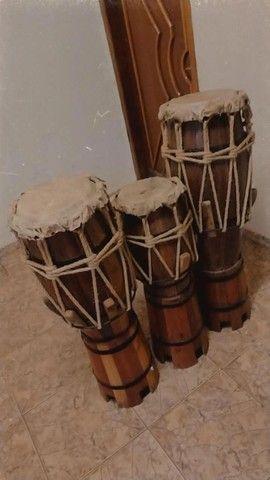 trio de atabaque artesanal - Foto 2