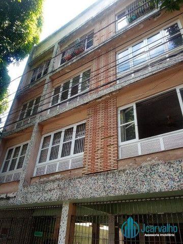 Apartamento com 2 quartos em Nazaré.