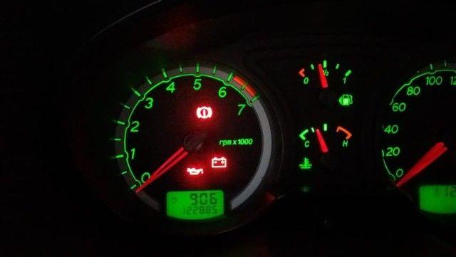 Vendo Ecosport XLT 2008 completa super conservada, Linda IPVA pago licenciado 2021 - Foto 10