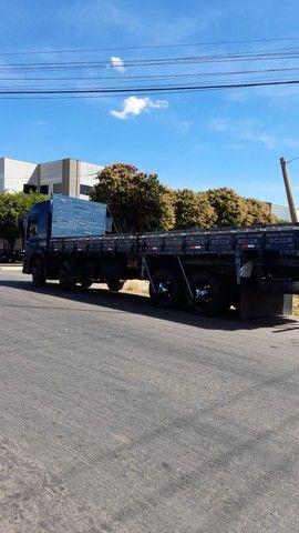 Vendo caminhão 24/250 - Foto 6