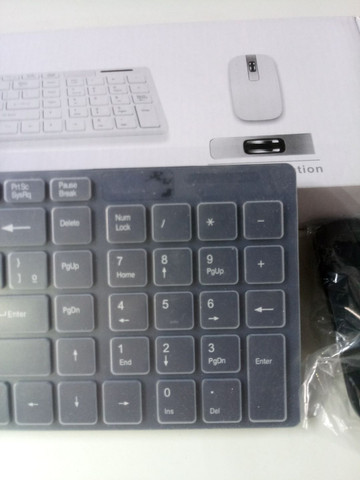 Teclado Wireless com mouse - Foto 5