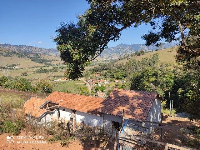 Maravilhoso Sitio com 1605m2, Piranguçu/MG - Foto 3