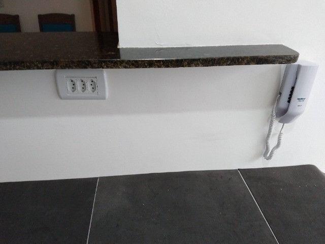 Vendo apartamento semimobiliado térreo 2 quartos - Foto 9