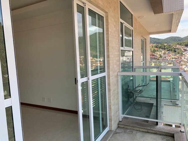 Apartamento com 3 dormitórios, 113 m², R$ 660.000 - Tijuca- Teresópolis/RJ. - Foto 3