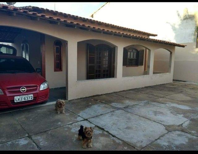 Casa com piscina em ótima localização - Foto 11