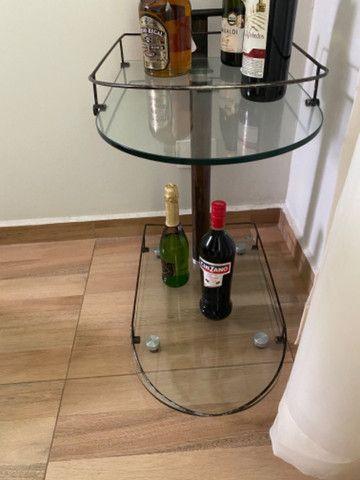 Aparador e mesa de bebidas