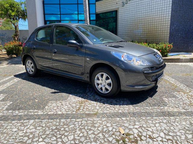 Peugeot hatch 2011 completo