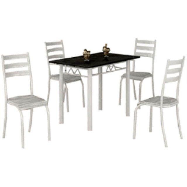 Mesa Laura Com Tampo de Granito E 4 cadeiras Medida 100×60