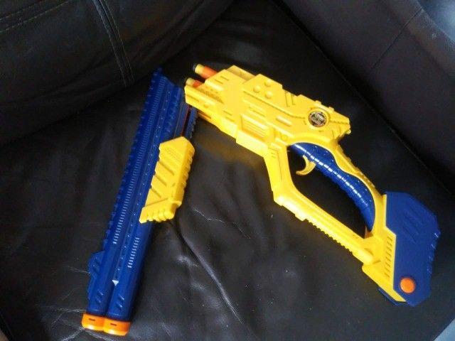 X Shot Vigilante -Estilo Nerf -  Arma de brinquedo - Foto 2