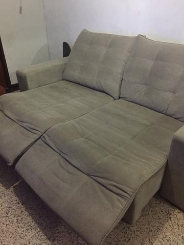 Sofa retratil e reclinável