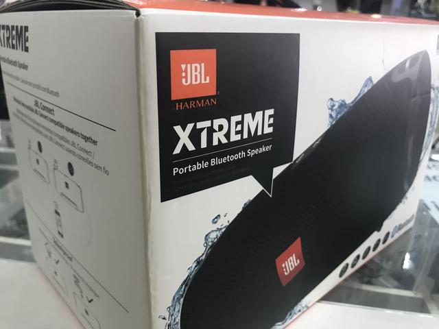 Caixa de Som Portátil JBL Xtreme