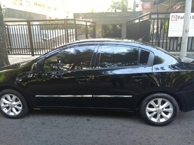 Vendo Nissan Sentra 2010/11   Lindo!