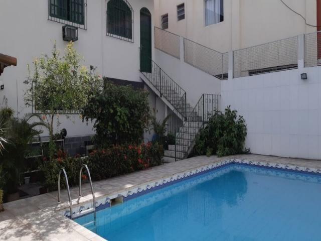 Casa duplex 4qts, 1suíte, 3vgs, 300m² - Foto 2