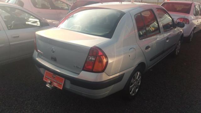 Clio Sedan(1.0)(completo(Financie*até 100%do veiculo(Parcelas a partir de R$449,90) 04/05 - Foto 4