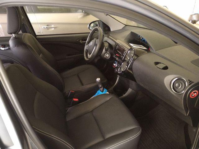 Toyota Etios XLS 1.5 Flex 16V 5p Mec. Ano 2015 - Foto 6