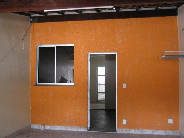 Neves SG Casa 2 Qrtos c/ vaga de Garagem Na Av.Paiva , 558 na Olimar Imóvei cod OL 090829A - Foto 2