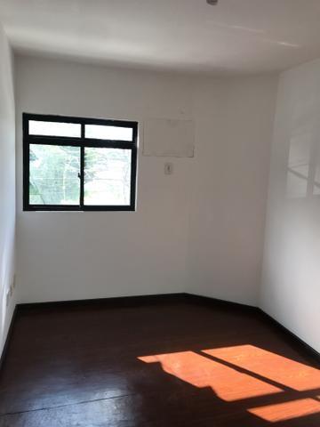 Centro 02 quartos, 02 banheiros, sem garagem. Próximo a Cidade das Crianças e UFF - Foto 7