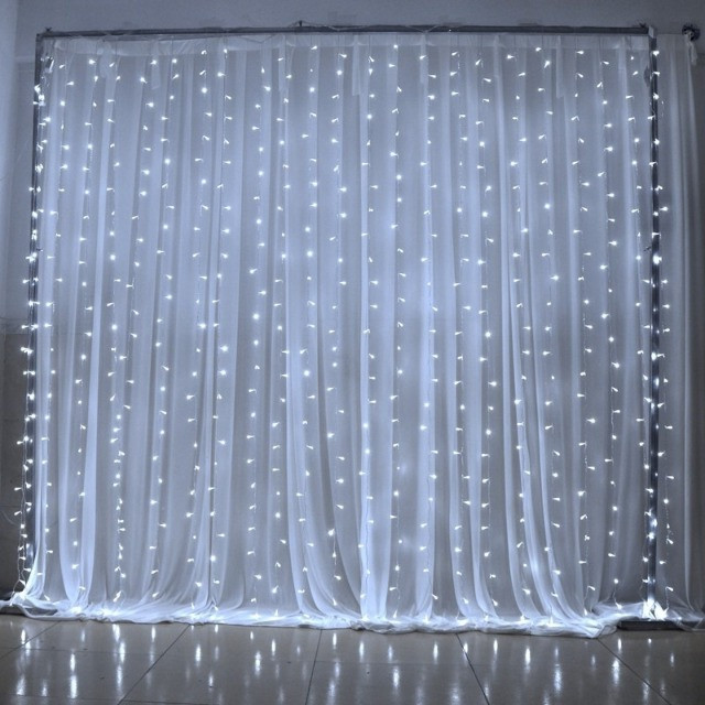 Cortina de Led 4 X 3m Fixa 110v 900 Leds Branco Frio - Foto 2