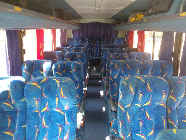 Microonibus 2002/2003 Rodoviario 28 lugares - Foto 17