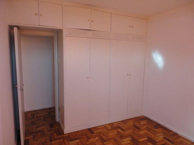 Apartamento com vaga de garagem, composto por sala, 2 quartos, banheiro social, cozinha, á - Foto 7